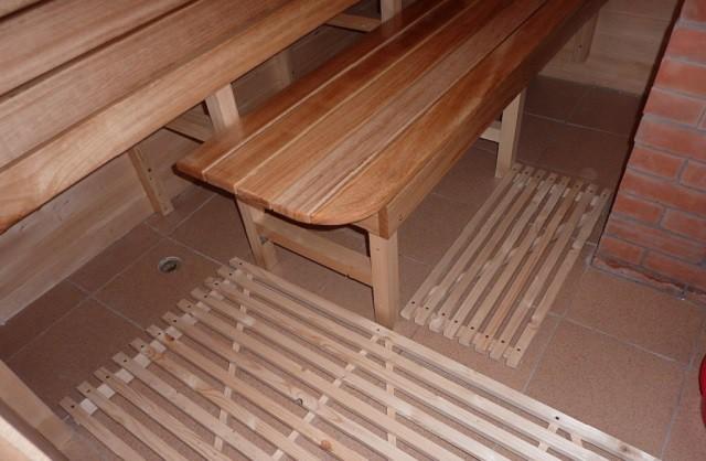 Трап для бани в полу под плитку