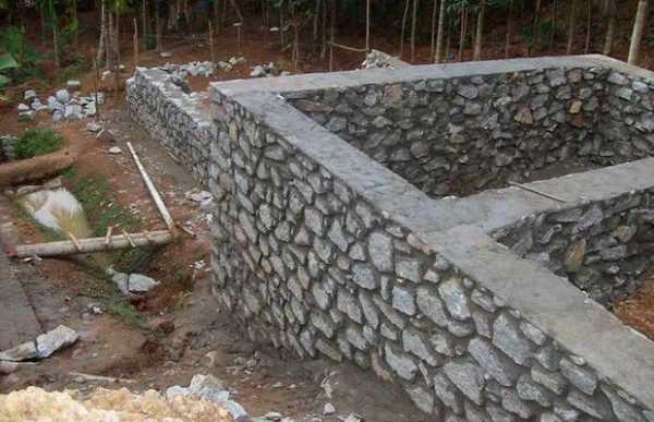 Бутовый фундамент технология и нюансы строительства каменного основания